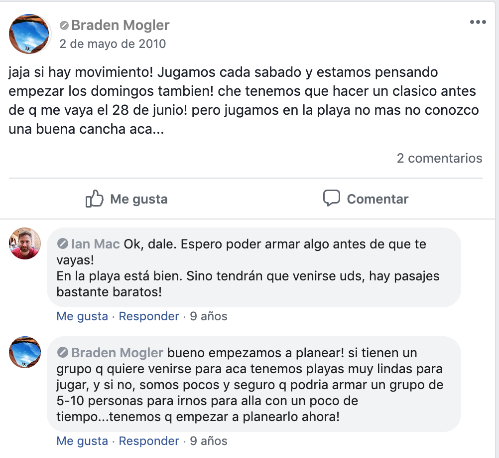 Braden e Ian intercambian comentarios en una publicación de facebook.
